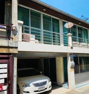 For RentHome OfficeSukhumvit, Asoke, Thonglor : 📍Townhouse for rent   Ekkamai   Home office Office   near BTS Ekkamai