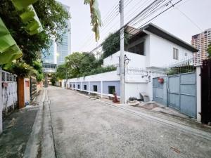 For RentHouseAri,Anusaowaree : 2 storey house for rent, Rama 6 Soi 34 (Soi Pho Kaew)