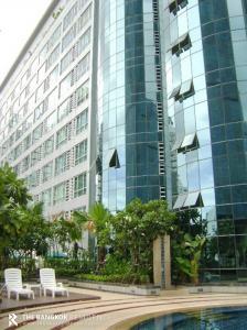 For SaleCondoNana, North Nana,Sukhumvit13, Soi Nana : Condo For Sale!!! THE TRENDY Condominium  @ 2.8 MB - Fully Furnished Near BTS Nana