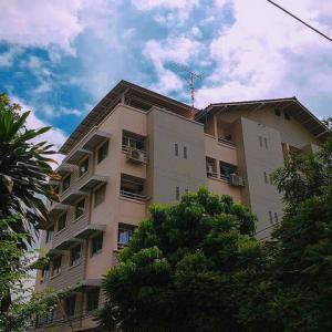 ขายขายเซ้งกิจการ (โรงแรม หอพัก อพาร์ตเมนต์)เลียบทางด่วนรามอินทรา : ขายอพาร์เม้นท์ 6 ชั้น ขนาด 100 ตรว ทำเลทองพร้อมลงทุน จากปากซอยลาดพร้าว 87 เพียง 200 เมตร