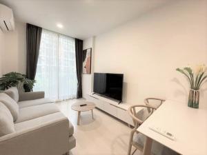 For RentCondoSukhumvit, Asoke, Thonglor : Best price guarantee! 1BR at Noble Ambience Sukhumvit 42