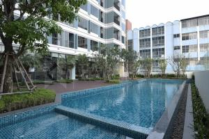 For SaleCondoLadprao, Central Ladprao : Best Price!!  The Saint Residences @ 2.93 MB -  High Floor North Condo for Sale Near MRT Phahon Yothin