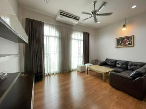 For RentTownhouseYothinpattana,CDC : J080 Townhome for rent, fully furnished, next to the expressway, near the international school ready to move in