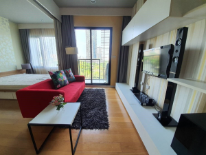For RentCondoOnnut, Udomsuk : (For Rent) BLOCS 77, fully furnished, perfectly decorated. Very beautiful river view, near BTS On Nut 600 meters