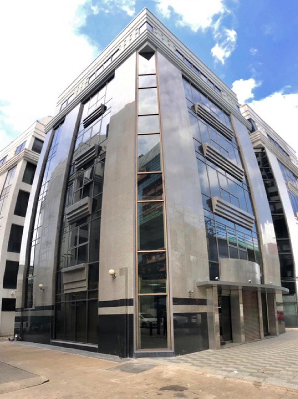 เช่าสำนักงานวงเวียนใหญ่ เจริญนคร : สำนักงาน 7 ชั้น | ลิฟต์โดยสาร | 10 ที่จอด | BTS กรุงธนบุรี