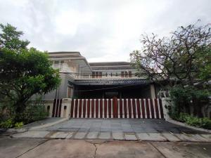 For RentHouseSukhumvit, Asoke, Thonglor : 🔥 ให้เช่าบ้านเดี่ยว 2 ชั้น เพดานสูง 7 เมตร สไตล์โมเดิร์น ซ.สุขุมวิท 20 ** ทำเป็น home office ได้