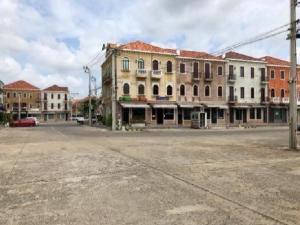 เช่าโฮมออฟฟิศนวมินทร์ รามอินทรา : For Rent ให้เช่าอาคารพาณิชย์ / Home Office 3 ชั้น โครงการ เวนิส ดิ ไอริส Venice Di Iris วัชรพล ทำเลดีมาก แอร์ 2 เครื่อง เหมาะเป็นสำนักงาน , ร้านค้า , อื่น ๆ