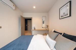 For RentCondoRama9, RCA, Petchaburi : @condorental เช่า Life Asoke - Rama 9 ห้องตกแต่งสวย