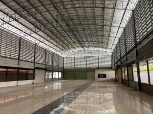 เช่าโกดังพระราม 2 บางขุนเทียน : For Rent ให้เช่าโกดัง , Show Room พื้นที่ดิน 2 ไร่ พื้นที่ใช้สอยรวมกว่า 1760 ตารางเมตร ริมถนนพระราม 2 ทำเลดีมาก ใกล้ Central มหาชัย