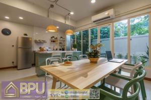 For RentHouseSukhumvit, Asoke, Thonglor : ** 4 Bedrooms Townhome for Rent ** Sukhumvit 39 Near BTS Phrom Phong
