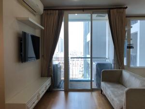 For RentCondoRatchathewi,Phayathai : Beautiful studio room 41sqm @Villa Rachatewi for rent