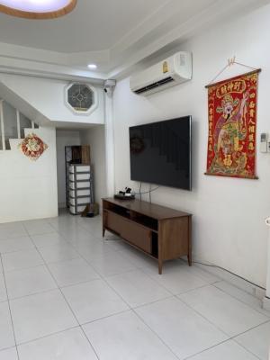 For RentTownhouseRatchadapisek, Huaikwang, Suttisan : หมู่บ้านอยู่เจริญ 779