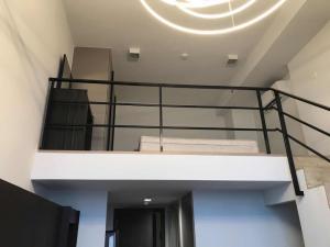 เช่าคอนโดพระราม 9 เพชรบุรีตัดใหม่ : ราคาถูกสุดในตึก ideo new rama 9/1 bed duplex /15k