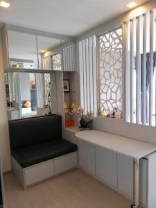 For RentCondoSukhumvit, Asoke, Thonglor : Sale-Rent Rhythm Condo Sukhumvit36-38, beautiful room.