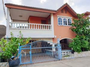 ขายบ้านรังสิต ธรรมศาสตร์ ปทุม : ขายถูก!! บ้านเดี่ยว 1 ชั้นครึ่ง 34 ตรว/ม.ฟ้าคราม (ใกล้โลตัสลำลูกกาคลอง2)