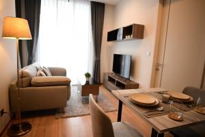 For RentCondoSapankwai,Jatujak : One Bedroom biggest size City view❗️❗️
