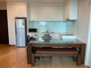 For RentCondoOnnut, Udomsuk : For rent Q house Sukhumvit79, 100 meters from bts On Nut!!!