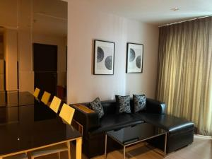 For RentCondoRatchadapisek, Huaikwang, Suttisan : For rent 1 bedroom Rhythm Sathorn, size 50.3 sqm., only 20,000/month, special price.