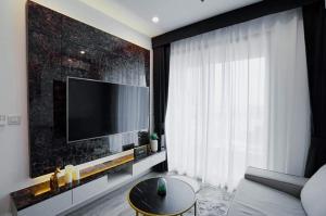 For RentCondoOnnut, Udomsuk : Condo for rent, Ideo Mobi Sukhumvit 66