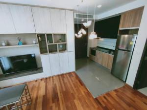 For RentCondoRatchathewi,Phayathai : Condo for rent, special price, Wish Signature Siam, 2 bedrooms, very good location