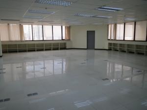 เช่าสำนักงานพระราม 9 เพชรบุรีตัดใหม่ : office ปล่อยเช่า @ อาคารชำนาญเพ็ญชาติ พระราม 9 พื้นที่รวม 184.27 ตร.ม.