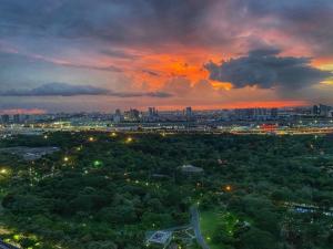 For SaleCondoLadprao, Central Ladprao : For Sale Luxury Condominium 2-bedrooms Park View
