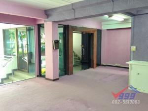 For RentHome OfficeRama9, RCA, Petchaburi : Home office Commercial Building 4 stories  for Rent