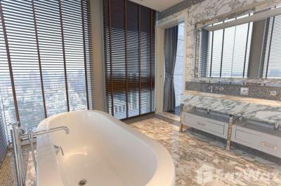 For RentCondoSathorn, Narathiwat : 3 Bedroom Condo for rent at The Ritz-Carlton Residences At MahaNakhon U645382