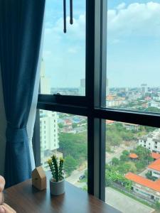 For RentCondoRamkhamhaeng, Hua Mak : 🚨🚨 Condo for rent, KNIGHTSBRIDGE COLLAGE RAMKHAMHAENG, beautiful room, fully furnished, near BTS 600 meters 🚨🚨