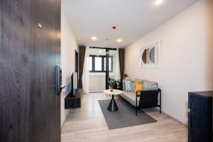 For RentCondoRatchadapisek, Huaikwang, Suttisan : New room for rent 🌠🎊🎯19000฿ XT Huaikhwang🌆 🎊🏙เอ็กซ์ที ห้วยขวาง