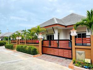 ขายบ้านพัทยา บางแสน ชลบุรี : รหัส D91 ขายบ้าน 3นอน2น้ำ 3.99 ล้าน 60 ตรว. พร้อมสวน พื้นที่ 60 ต.ร.ว 240 ต.ร.ม