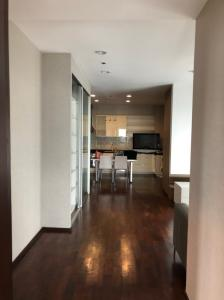 For RentCondoSukhumvit, Asoke, Thonglor : 🔥 Very good price, beautiful decoration, ready to move in. Good location. 🔥 Ready to end every dew. Noble Ora. Appointment available 24 hours Tel.088-111-3060