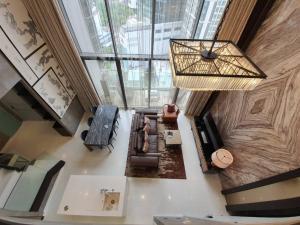 เช่าคอนโดสุขุมวิท อโศก ทองหล่อ : For Rent Vittorio 168sq.m. Duplex 250,000 Baht