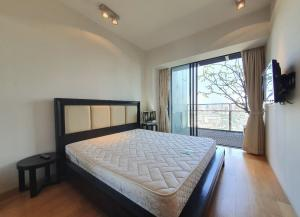 เช่าคอนโดสาทร นราธิวาส : Rental : The MET, Satorn, 2 Bed 2 Bath , 23D Floors , 93 sqm 🔥🔥 Rental : 60,0000 THB / Month 🔥🔥