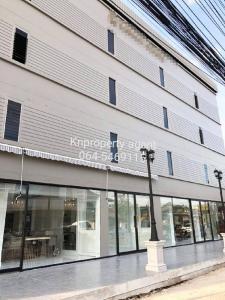 เช่าตึกแถว อาคารพาณิชย์เกษตร นวมินทร์ ลาดปลาเค้า : ให้เช่าอาคารหรู 4 ชั้น ตกแต่งระดับ 5 ดาว / ร้านอาหาร ขนาด  1400 ตรม.ย่านเลียบด่วนรามอินทรา