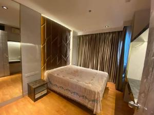 For RentCondoThaphra, Wutthakat : For rent, The President Sathorn Ratchaphruek 3, size 35 sq.m., 1 bedroom, 1 bathroom, 17th floor, prime location, next to BTS and MRT Bang Wa (easy walking distance), sits in the city for 10 minutes and next to the pier