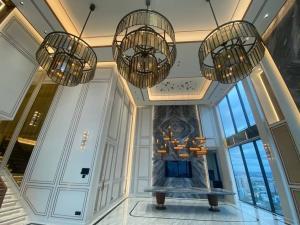 For SaleCondoSukhumvit, Asoke, Thonglor : Selling : Luxury Penhouse In Esse Asoke , 3 Bed 4 Bath , 244 sqm , High Floor   🔥🔥Selling Price: 132,000,000 THB 🔥🔥  出售:Esse Asoke 豪华顶层公寓,3 床 4 卫,244 平方米,高层  🔥🔥售价:132,000,000 THB 🔥🔥