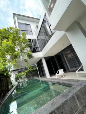 เช่าบ้านเลียบทางด่วนรามอินทรา : Rental : House with Private Pool in Pradit Manutum , 100 sqw , 544 sqm , 4 Bed 6 Bath , 3 Floors , 3 Parking Lot  🔥🔥Rental : 180,000 THB / Month. 🔥🔥