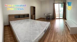 For RentCondoKasetsart, Ratchayothin : For rent budget price but new renovated the whole room, all new furniture, big bed, nice view.