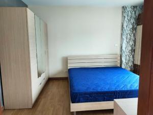 เช่าคอนโดพระราม 9 เพชรบุรีตัดใหม่ : วิวปังมาก ราคาน่ารักฝุดๆ คอนโด PG Rama IX พีจี พระราม 9 1ห้องนอนมีอ่างอาบน้ำด้วยงับ   เนื้อที่ 42 ตร.ม.  อาคาร B ชั้น 12A ราคาเช่า 10,500 บาท ต่อเดือน