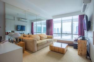 For RentCondoWongwianyai, Charoennakor : Condo for RENT at Baan Sathorn Chaophraya Size 74 sqm. 1 bedroom 1 bathroom on 21st floor , River view , rental 25,000 baht/month