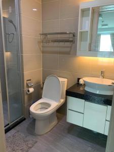 เช่าคอนโดพระราม 9 เพชรบุรีตัดใหม่ : For rent   JRY condo Rama9   (เจ อาร์ วาย พระราม 9 ) Duplex2ห้องนอน2ห้องน้ำห้องสวย