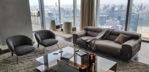 เช่าคอนโดสาทร นราธิวาส : For rent The Ritz Carlton Residences352.70 sqm stunning view