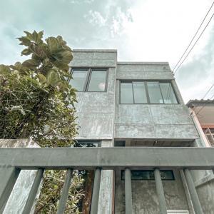 For RentTownhouseRama9, RCA, Petchaburi : LBH0242 2 storey townhouse, Soi Soonvijai. Fully furnished Near Thonglor, only 5 minutes.
