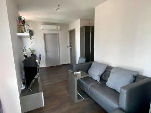 For RentCondoRatchathewi,Phayathai : Condo for rent Ideo Q Siam-Ratchathewi  Size 51 Sqm. 2 beds, 1 bath with magnificent view from 24th floor , rental 28,000 baht/month