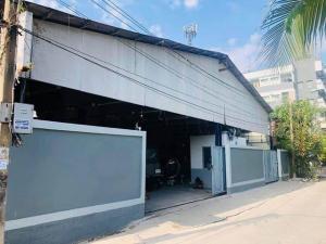 ขายตึกแถว อาคารพาณิชย์บางนา แบริ่ง : APJ039ขายกิจการ ส่งต่อธุรกิจ  มีใบประกอบกิจการถูกต้อง อู่เคาะพ่นสี รถยนต์ สุขุมวิท107 ซอย แบริ่ง