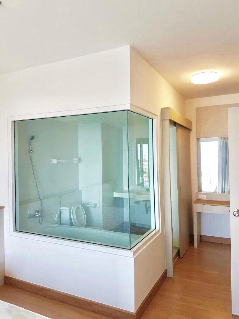 ขายด่วนคอนโด แชปเตอร์วัน ห้องRiver Front  2ห้องนอน 2ห้องน้ำ อาคารC ชั้น 25 วิวพาโนราม่า แม่น้ำและเมือง 9x,xxx/sqm.เท่านั้น