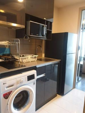 For RentCondoRatchathewi,Phayathai : Condo for rent Ideo Q Siam-Ratchathewi💥Private Lift💥from the elevator, open to the room, near BTS Ratchathewi, Airport Link, Phayathai, near Siam Paragon Platinum Central WorldSize 35 sq.m., 25th floor💰 Rental price: 17,000 baht / month