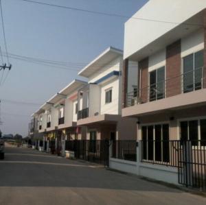 For SaleHouseRamkhamhaeng,Min Buri, Romklao : 🔥Hot Sale🔥**[home for sale] Baan Chan Village Nong Chok