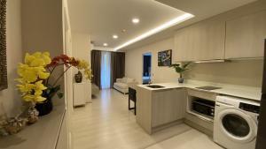 For RentCondoSukhumvit, Asoke, Thonglor : 2 bedrooms for rent near bts Thonglor